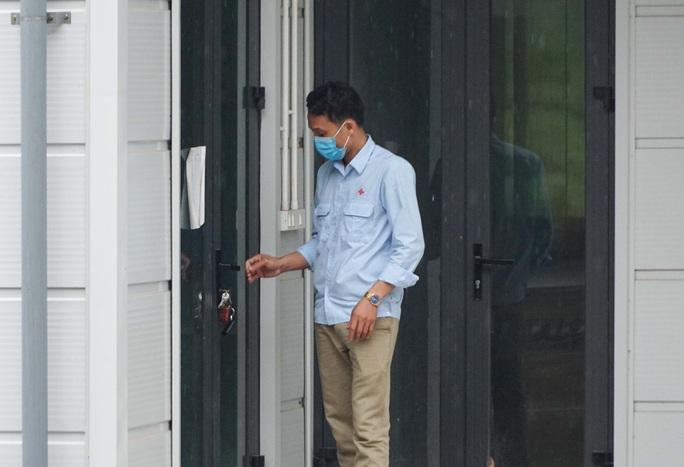 CLIP: Cận cảnh bên trong Bệnh viện dã chiến Mê Linh và sẵn sàng tiếp nhận 300 người F1 - Ảnh 8.