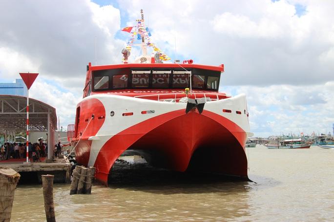 Tạm ngưng hoạt động tàu cao tốc tuyến Cà Mau – Nam Du – Phú Quốc - Ảnh 1.