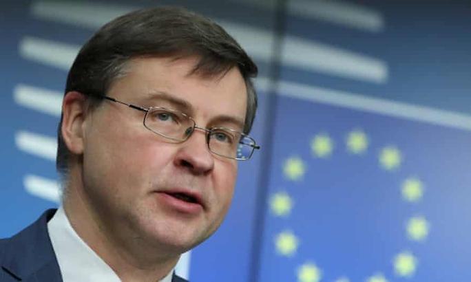"""EU hoãn phê chuẩn thỏa thuận đầu tư """"khủng"""" với Trung Quốc - Ảnh 1."""