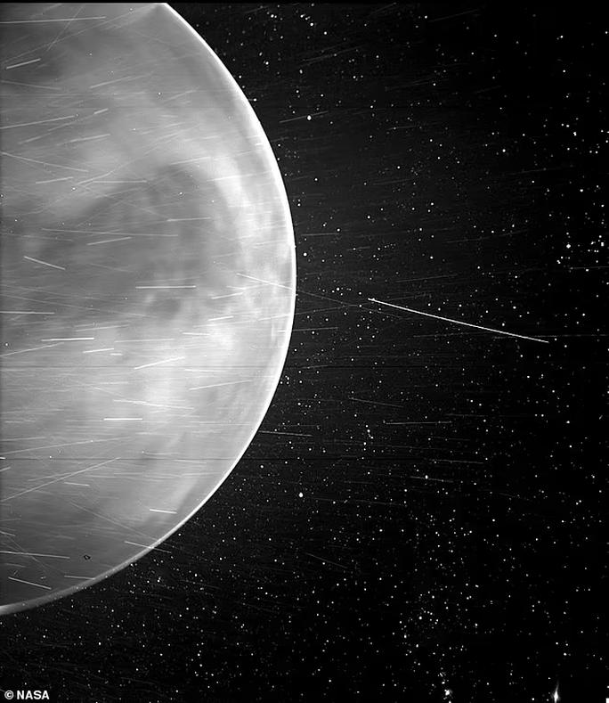 CLIP: Sao Kim phát tín hiệu âm thanh rùng rợn đến tàu vũ trụ NASA - Ảnh 1.