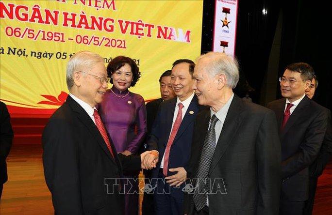 Tổng Bí thư Nguyễn Phú Trọng: Ngành ngân hàng là huyết mạch của nền kinh tế - Ảnh 2.