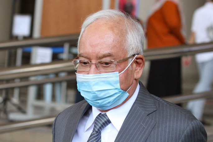 Covid-19 tại Malaysia: Cựu Thủ tướng Najib Razak cũng bị phạt - Ảnh 1.