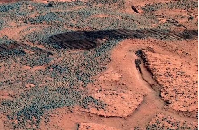 NASA vô tình ghi hình được sự sống ngoài hành tinh? - Ảnh 3.