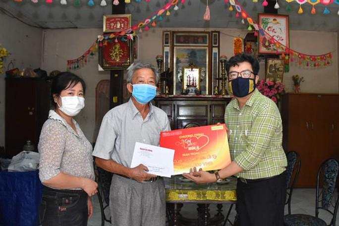 Mai Vàng nhân ái thăm NNND Út Tỵ và NSƯT Xuân Quan - Ảnh 1.