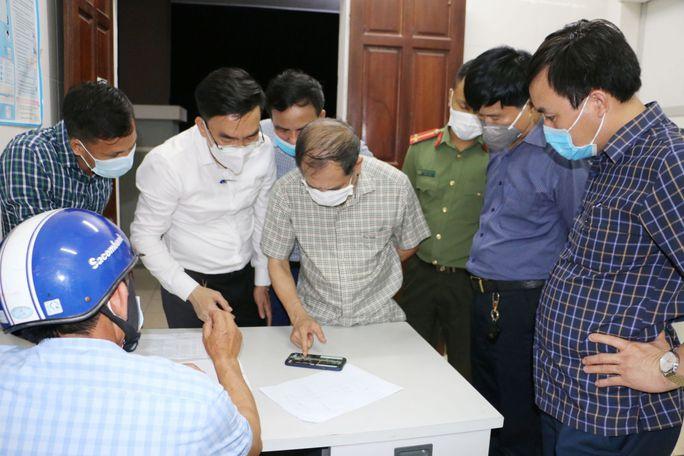 Xác định hơn 200 F1, F2 của 2 ca dương tính SARS-CoV-2 trong cộng đồng tại Hà Tĩnh - Ảnh 2.