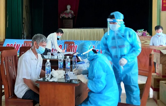 Có 146 người Thanh Hóa đến BV Bệnh Nhiệt đới Trung ương cơ sở 2 - Ảnh 1.