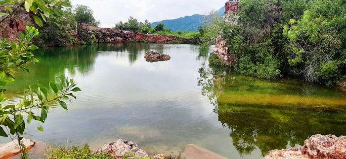 """Xanh biếc hồ Tà Pạ - """"tuyệt tình cốc"""" của miền Tây - Ảnh 7."""