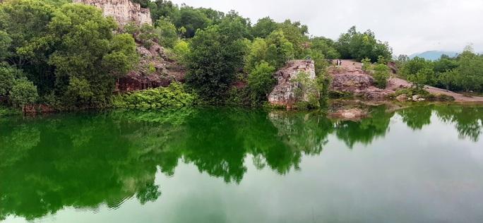 """Xanh biếc hồ Tà Pạ - """"tuyệt tình cốc"""" của miền Tây - Ảnh 9."""