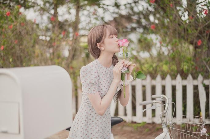 Thiều Bảo Trâm tái xuất với MV đầy biểu cảm cười ra nước mắt - Ảnh 4.