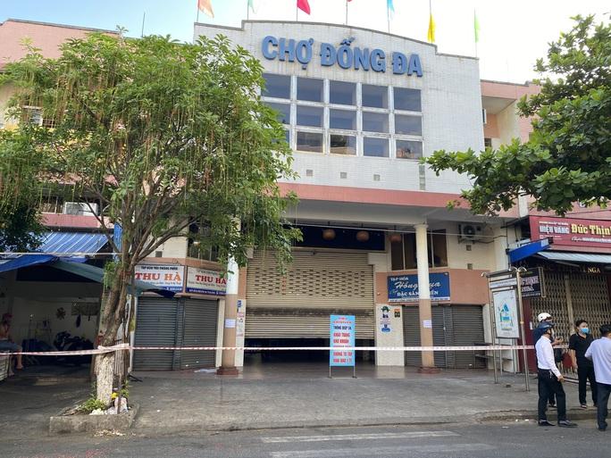 Phong tỏa toàn bộ khu chợ Đống Đa - Đà Nẵng - Ảnh 6.