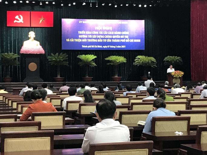 Chủ tịch Nguyễn Thành Phong nói về ca tái dương tính Covid-19 ở quận 3 - Ảnh 2.