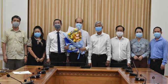 TP HCM: Trao 2 quyết định nhân sự lãnh đạo cho quận Gò Vấp, Khu Công nghệ cao - Ảnh 2.