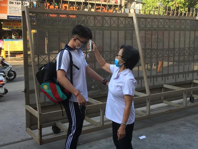 Cập nhật: 21 tỉnh, thành cho học sinh tạm dừng đến trường - Ảnh 4.