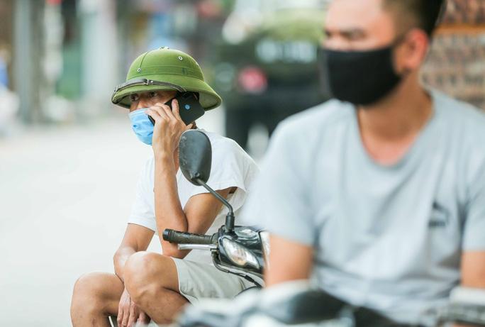 CLIP: 1 người đi Đà Nẵng về không khai báo y tế, 10 người trong gia đình mắc Covid-19 - Ảnh 5.