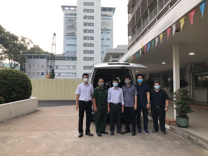 Đội phản ứng nhanh Bệnh viện Chợ Rẫy tiếp tục lên đường hỗ trợ Kiên Giang - Ảnh 1.