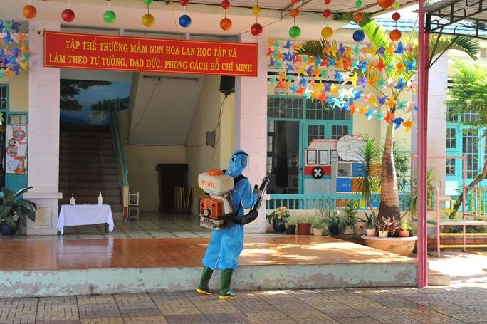 Hơn 500 người liên quan đến ca bệnh Covid-19 ở Đắk Lắk - Ảnh 2.
