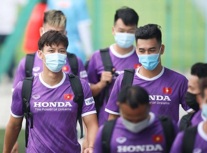 Mục tiêu của thầy trò HLV Park Hang-seo phải dành được 4 đến 6 điểm trong 3 trận tại vòng loại World Cup 2022 - Ảnh 1.