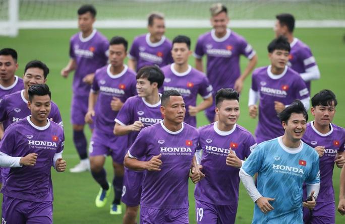 Mục tiêu của thầy trò HLV Park Hang-seo phải dành được 4 đến 6 điểm trong 3 trận tại vòng loại World Cup 2022 - Ảnh 5.