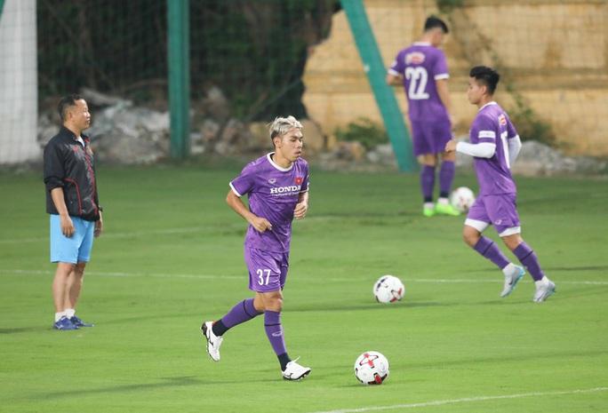 Mục tiêu của thầy trò HLV Park Hang-seo phải dành được 4 đến 6 điểm trong 3 trận tại vòng loại World Cup 2022 - Ảnh 7.