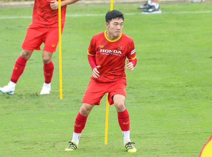 Lương Xuân Trường: Cầu thủ không được gặp gia đình trong thời điểm dịch Covid-19 - Ảnh 2.
