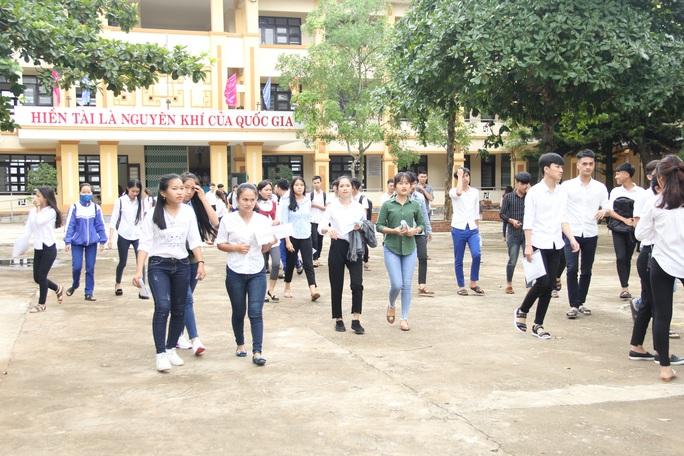 Quảng Trị cho học sinh nghỉ học để phòng chống dịch Covid-19 - Ảnh 1.