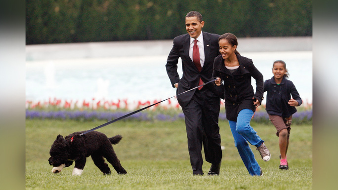 Ông Obama thông báo sự ra đi của ngôi sao Nhà Trắng - Ảnh 2.