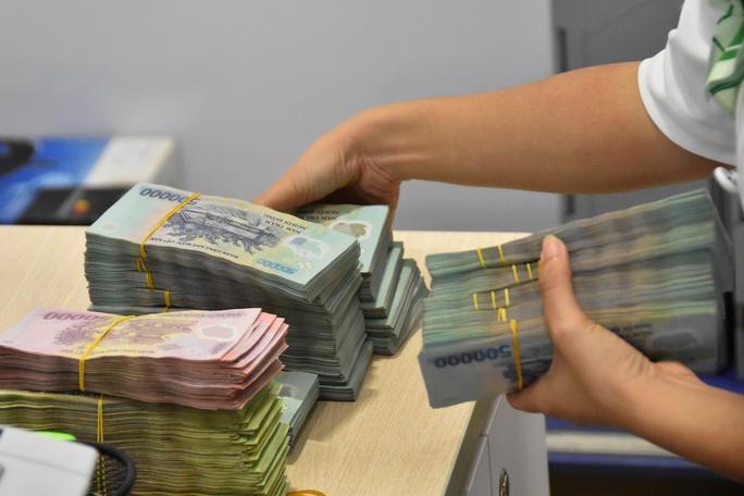 Cán bộ ngân hàng lập hồ sơ giả để lừa đảo, SCB tố cáo lên công an - Ảnh 1.