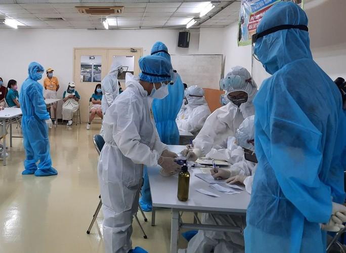Thông tin mới về 1 nữ công nhân nhiễm SARS-CoV-2  tại khu chế xuất Tân Thuận - Ảnh 1.