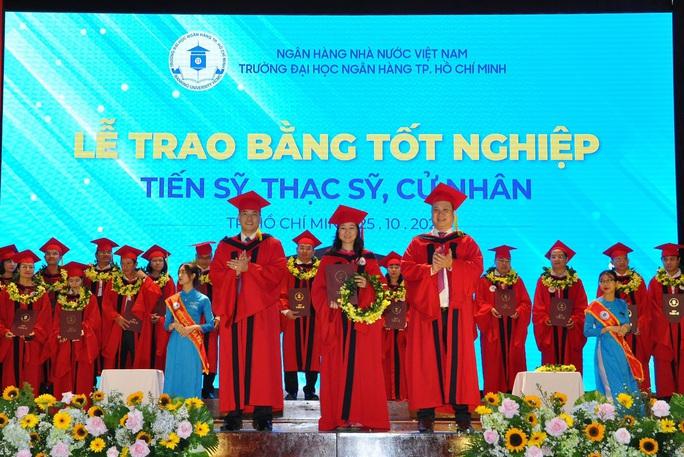 Trường ĐH Ngân hàng TP HCM đào tạo tiến sĩ quản trị kinh doanh - Ảnh 1.