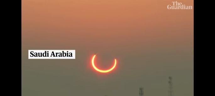 Chiêm ngưỡng nhật thực vòng lửa Bắc Cực xuất hiện khắp thế giới - Ảnh 2.