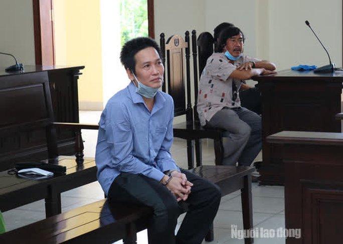 Đâm em dâu tử vong vì bị cha vợ nhắc nhở hát karaoke gây ồn - Ảnh 1.