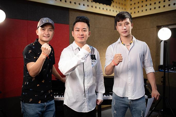 Ca sĩ Thanh Lam, Đông Nhi cùng dàn hoa hậu, nghệ sĩ hoà giọng trong MV Sức mạnh Việt Nam - Ảnh 4.