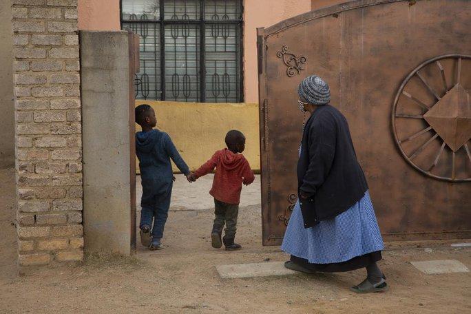 Ca sinh 10 ở Nam Phi: Không có bất kỳ hình ảnh nào về những đứa trẻ - Ảnh 1.