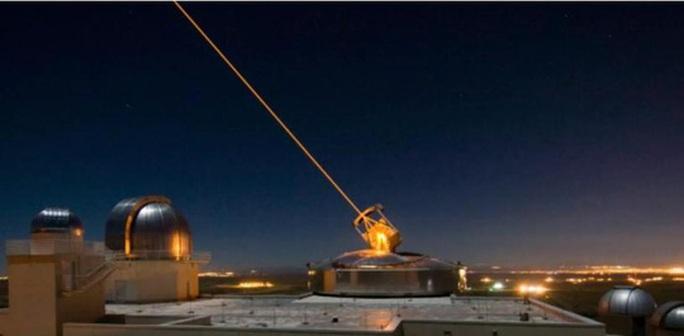 Quân đội Mỹ chế tạo vũ khí laser mạnh nhất thế giới cho chiến trường tương lai - Ảnh 1.
