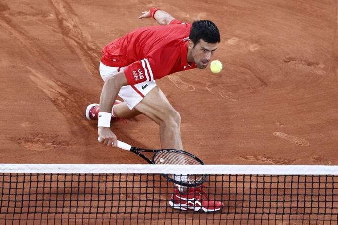 Mãn nhãn với đại chiến Djokovic lật đổ Nadal tại bán kết Pháp mở rộng - Ảnh 3.