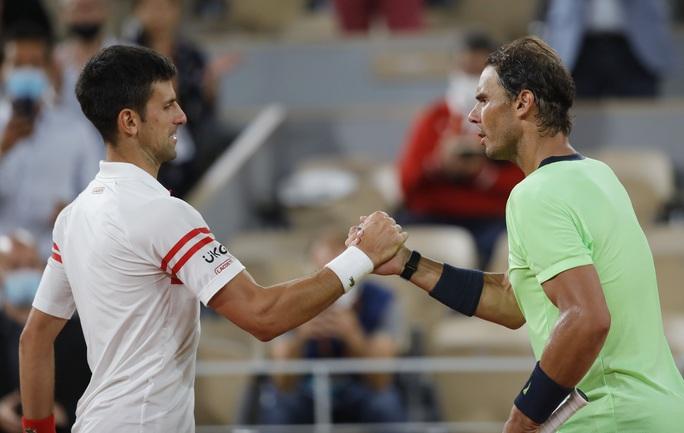 Mãn nhãn với đại chiến Djokovic lật đổ Nadal tại bán kết Pháp mở rộng - Ảnh 2.