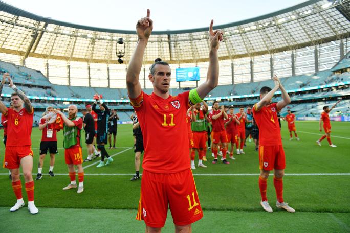 Gareth Bale tịt ngòi, Xứ Wales hòa may mắn trước Thụy Sĩ - Ảnh 10.