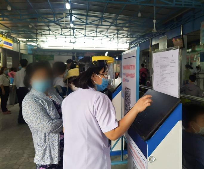 Kết quả xét nghiệm 1.600 nhân viên của Bệnh viện Nhi Đồng 1 có bảo mẫu mắc Covid-19 - Ảnh 1.