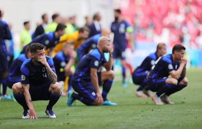 Cú sốc Eriksen và cách ứng xử đầy tình người của bóng đá châu Âu - Ảnh 9.