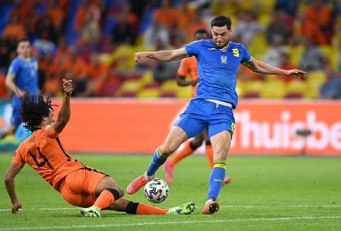 Cơn lốc màu da cam Hà Lan thắng kịch tính ngày ra quân Euro 2020 - Ảnh 3.
