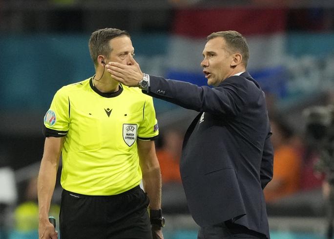 Cơn lốc màu da cam Hà Lan thắng kịch tính ngày ra quân Euro 2020 - Ảnh 9.