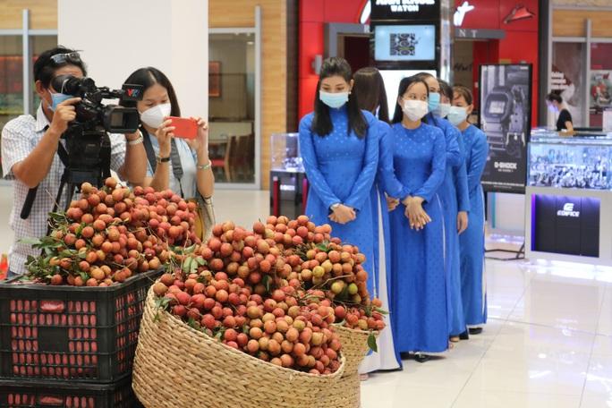 Cần Thơ phát động tiêu thụ vải thiều giúp nông dân Bắc Giang - Ảnh 2.