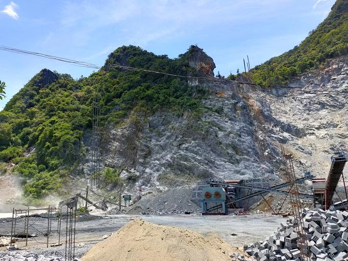 Một xã bị tra tấn bởi 5 mỏ đá - Ảnh 1.