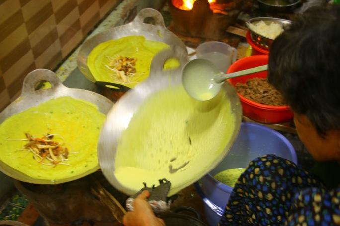 Làng bánh xèo Cao Lãnh nhộn nhịp ngày Tết Đoan ngọ - Ảnh 9.