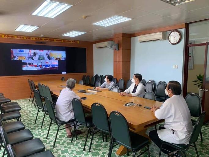 Chùm ảnh: Bên trong Bệnh viện Bệnh Nhiệt đới TP HCM đang bị phong tỏa - Ảnh 4.