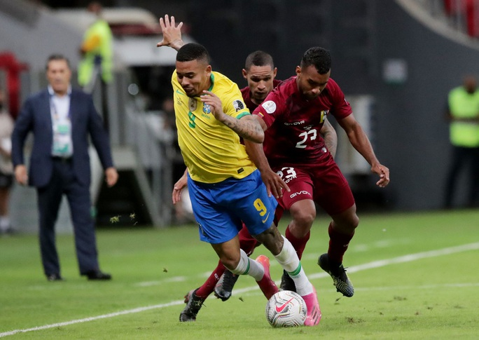 Mở màn Copa America, chủ nhà Brazil vùi dập Venezuela - Ảnh 1.