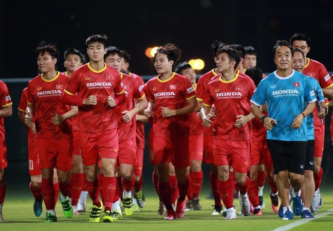 Giải mã cánh tay mặt của HLV Park Hang-seo sẽ lần đầu tiên chỉ đạo tuyển Việt Nam - Ảnh 2.