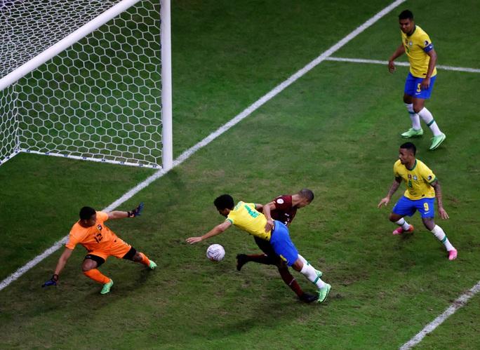 Mở màn Copa America, chủ nhà Brazil vùi dập Venezuela - Ảnh 2.