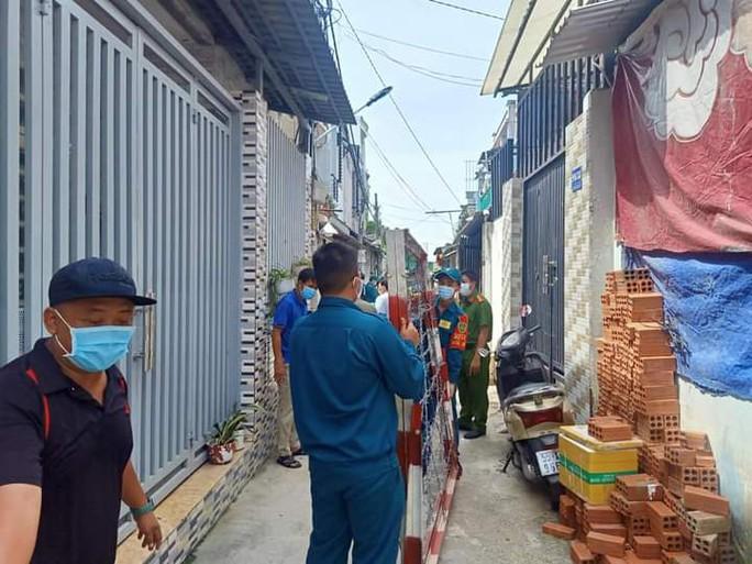 Truy tìm những người từng đến 2 quầy Bách Hóa Xanh, 2 chợ tại TP Thủ Đức - Ảnh 1.