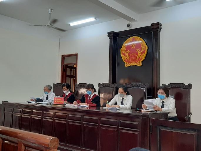 Đang xét xử Toàn đen - giang hồ cộm cán ở Biên Hòa - Ảnh 2.
